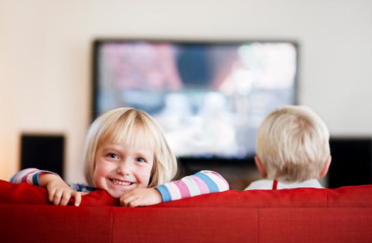 Assistindo TV - aprender inglês