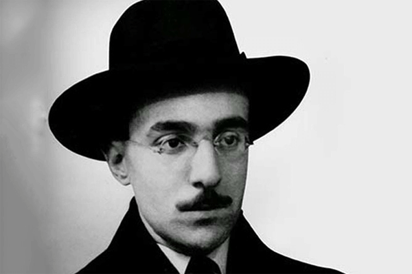 Quem foi Fernando Pessoa? História e Obras