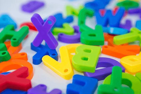 Locução Adverbial: O Que É? Exemplos e Muito Mais